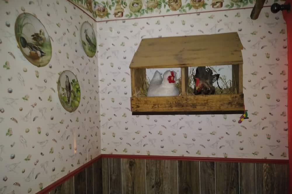 Sviit, 1 ülilai voodi, erivajadustele kohandatud, vaade mägedele (Bird Suite) - Vannituba