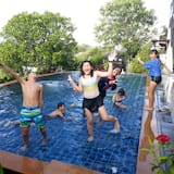 8 Bedrooms Pool Villa - 兒童泳池