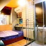 Standard Single Room (4B) - Bathroom