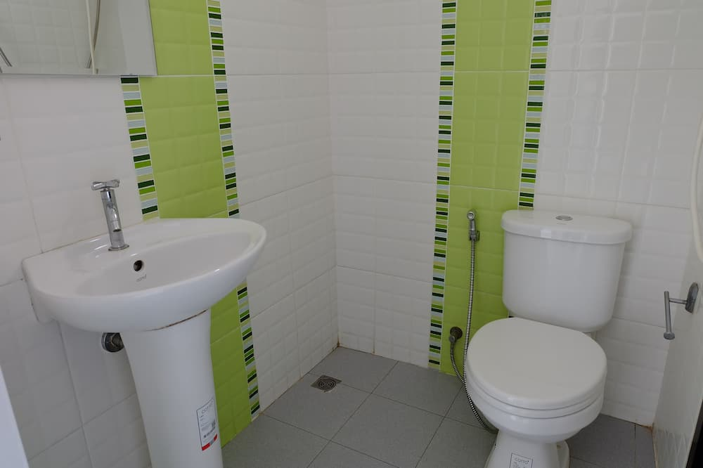 Δίκλινο Δωμάτιο (Twin), Μη Καπνιστών - Μπάνιο