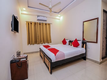 Picture of OYO 15928 Hotel Midtown in Hyderabad