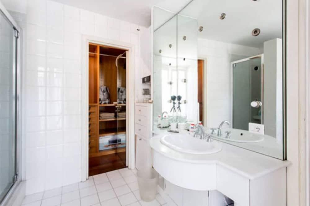 Апартаменти, 1 спальня - Ванна кімната