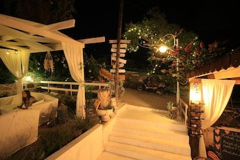 Picture of Fullmoon Rooms in Cesme