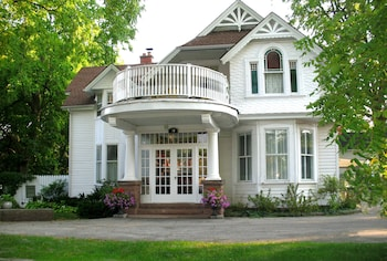 Picture of Caledonia House B&B in Stratford