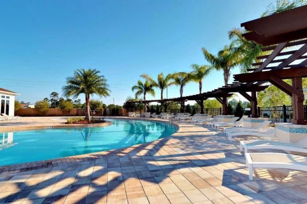 Huis - Buitenzwembad