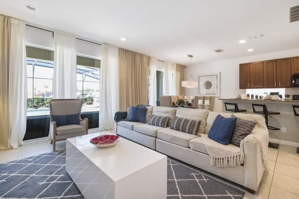 House, Multiple Beds (Villa Mancini - Solterra) - Living Area