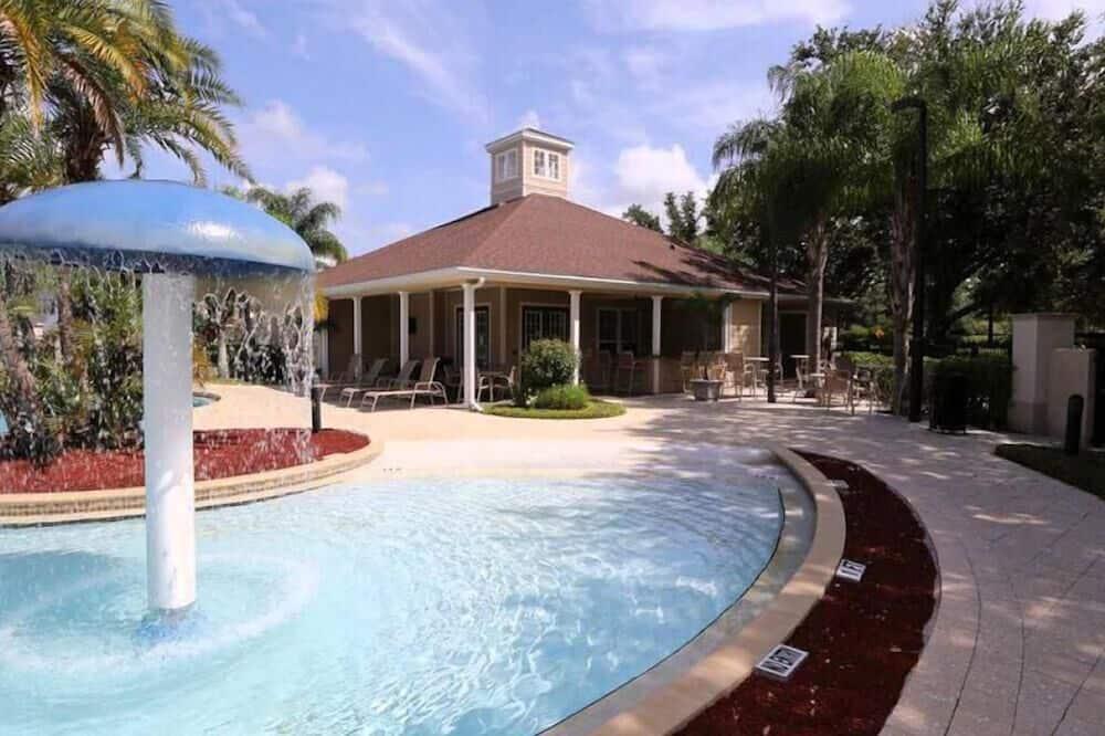 公寓 - 室外泳池