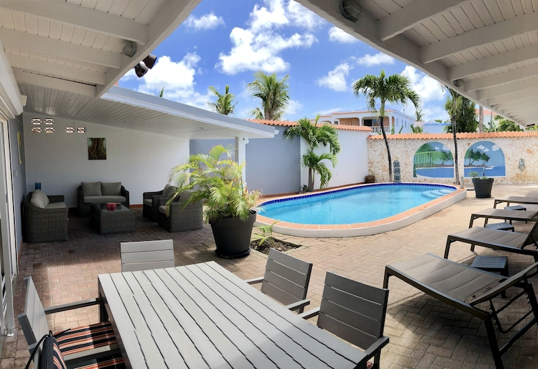The Art House Villa, Simpsonbaai