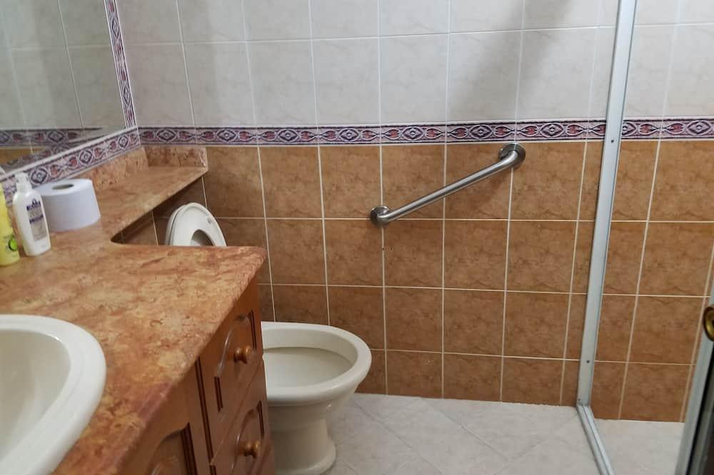 Standard Double Room,2 Single Beds - Vannasistaba