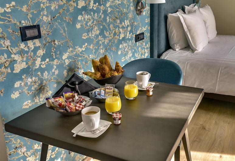 Villa Erizio - Bordeaux Centre, Bordeaux, Loft Classique, 1 grand lit, non-fumeurs, coin cuisine, Restauration dans la chambre