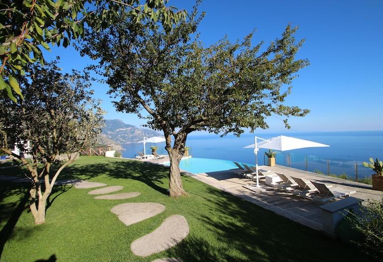 Erstaunliche Villa MIT Blick AUF DIE Amalfiküste UND DIE Gallischen Inseln, Sant'Agnello, Pool