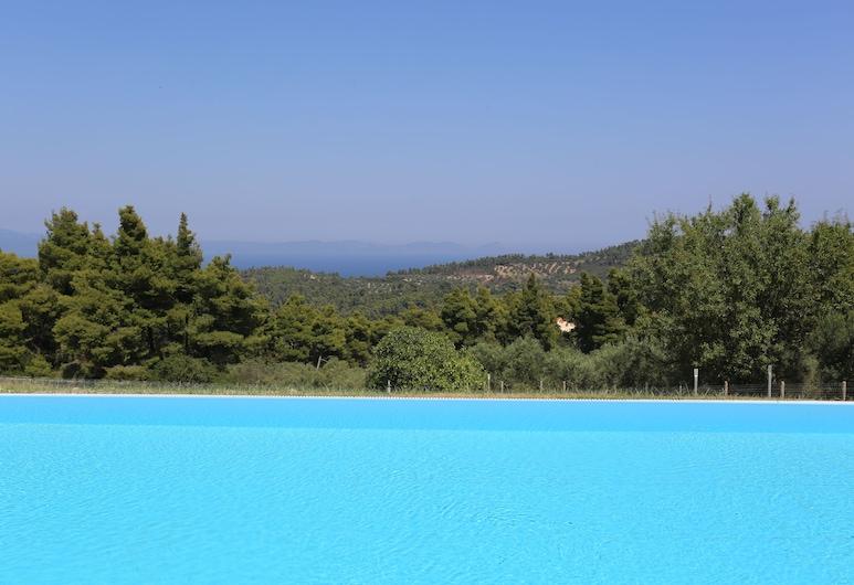 Blue Avenue, Kassandra, Outdoor Pool