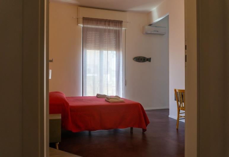 Kartè, Belpasso, Design Quadruple Room, Guest Room