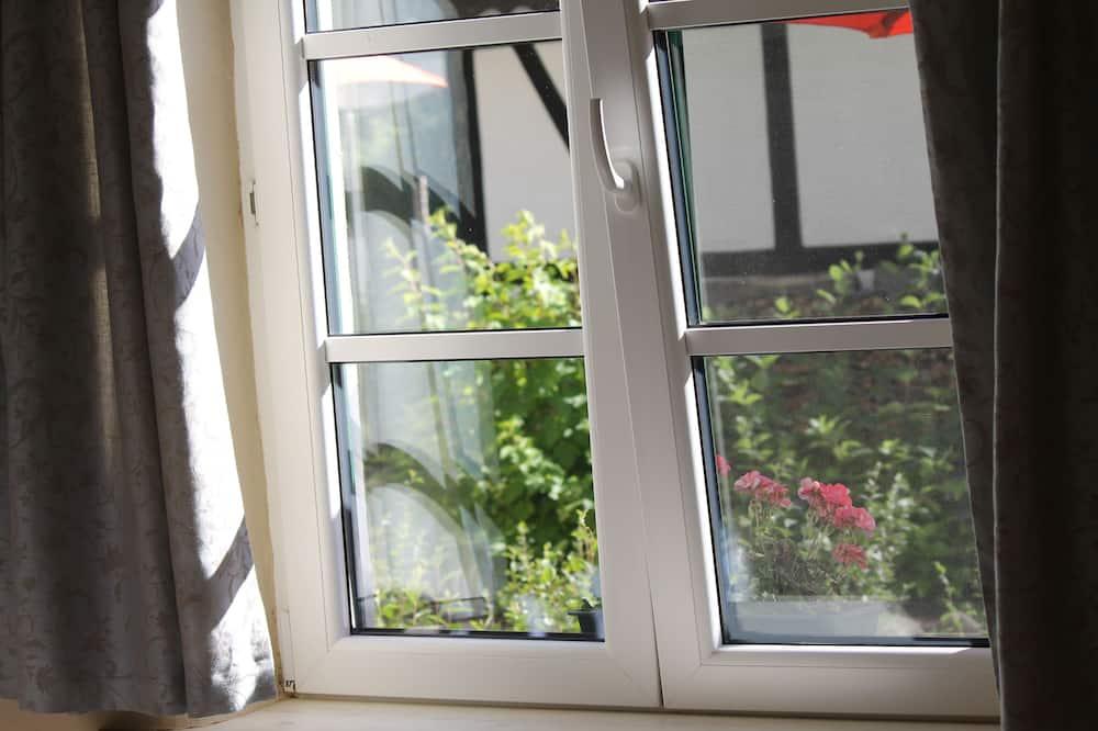 Pokój dwuosobowy typu Comfort, Łóżko podwójne, dla niepalących, przy ogrodzie - Powierzchnia mieszkalna