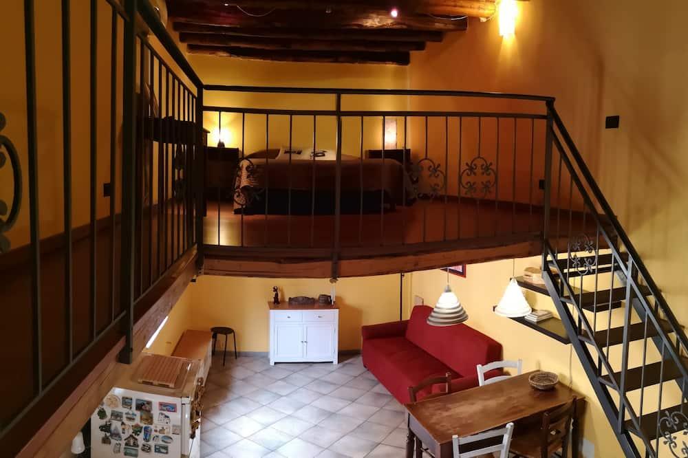Comfort Loft, Multiple Beds, Non Smoking - Living Area