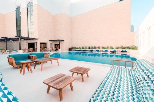 阿爾那哈達多哈橡木公寓飯店/