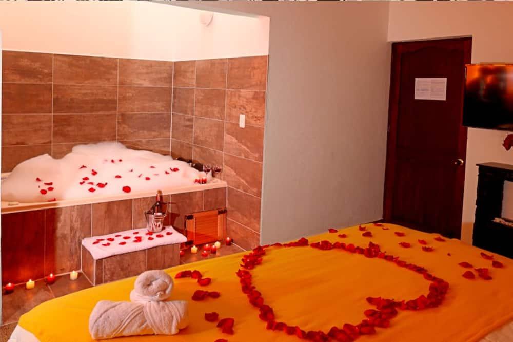 Улучшенная студия-люкс - Индивидуальная спа-ванна