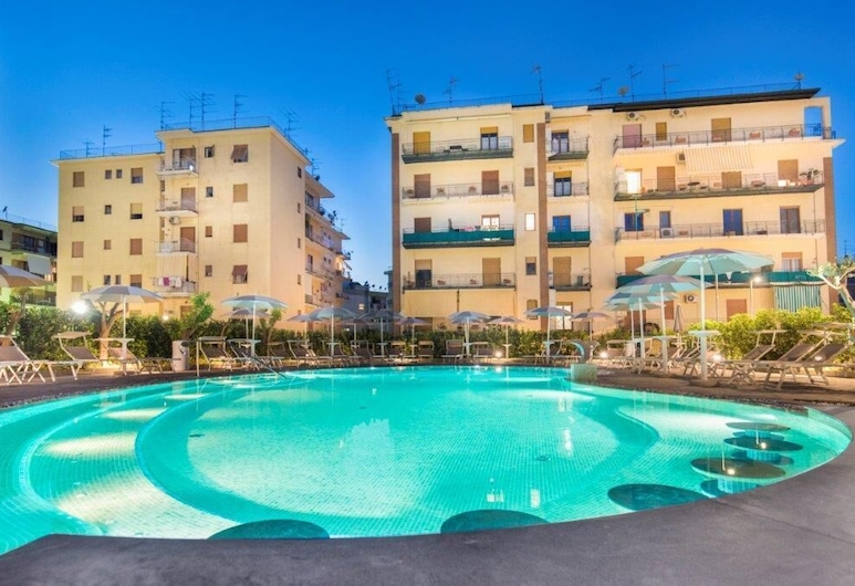 Sorrento Rooms, Sorrento, Outdoor Pool