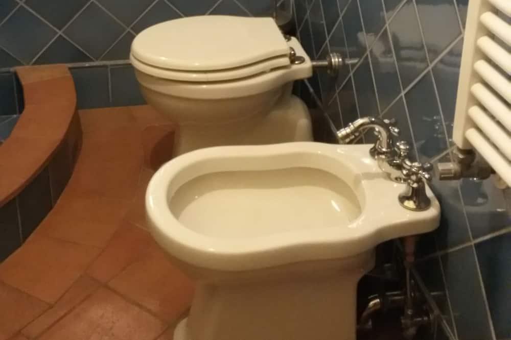 Dobbeltværelse - eget badeværelse - Badeværelse