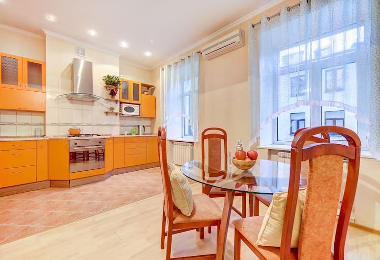 Апартаменты Welcome Home, Малая Садовая 3, St. Petersburg, Апартаменты, 2 спальни, Номер