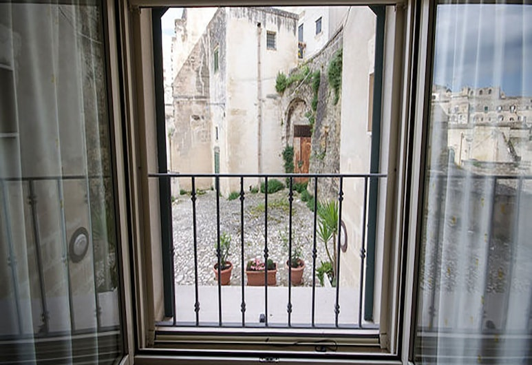 B&B San Rocco, Matera, Triple Room, Balcony