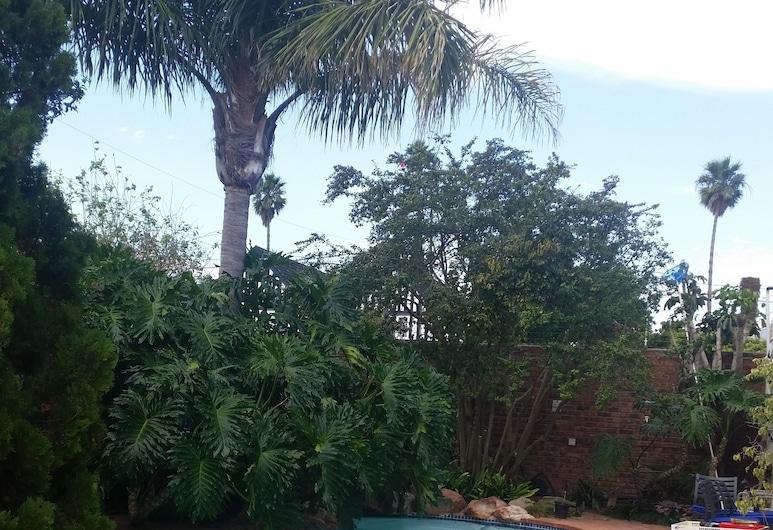 Lemon Tree Lane, Port Elizabeth, Utomhuspool