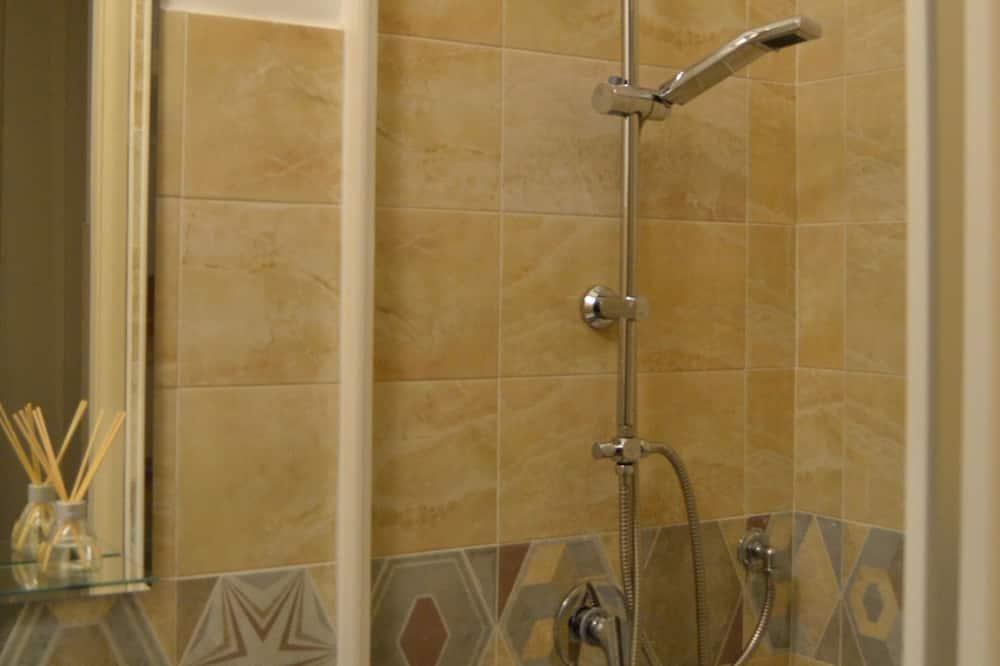 Twin Room, Shared Bathroom (Fichi d'India) - Bilik mandi