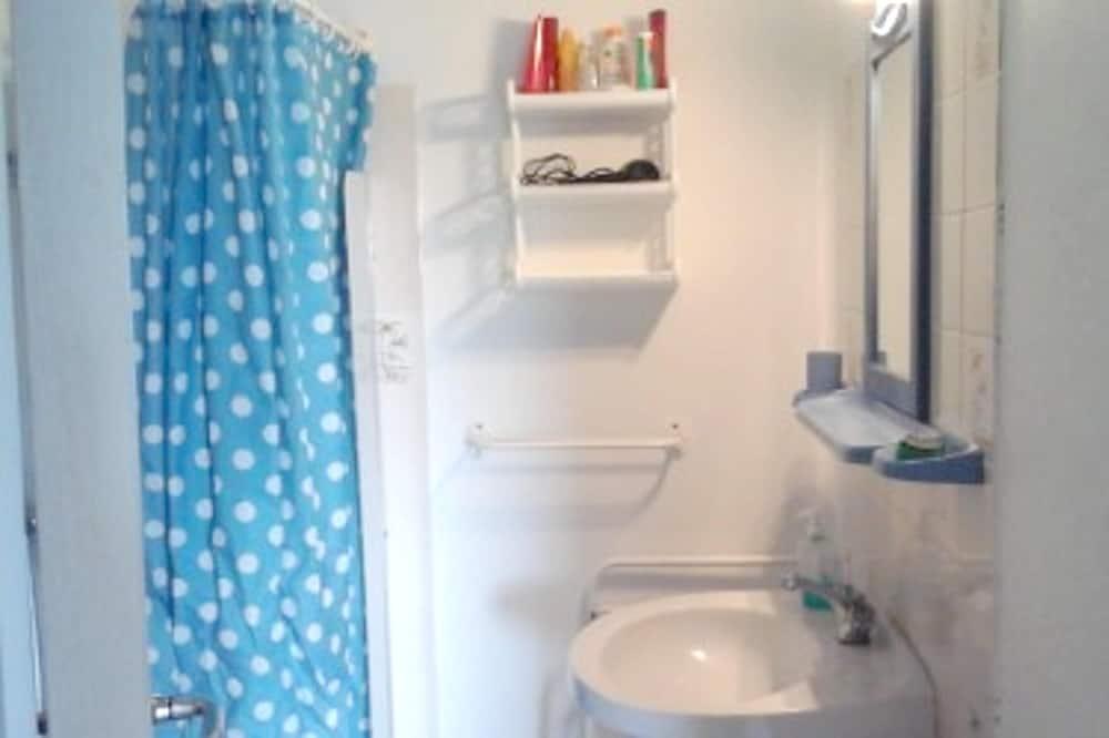 Apartment, Garden View - Bathroom