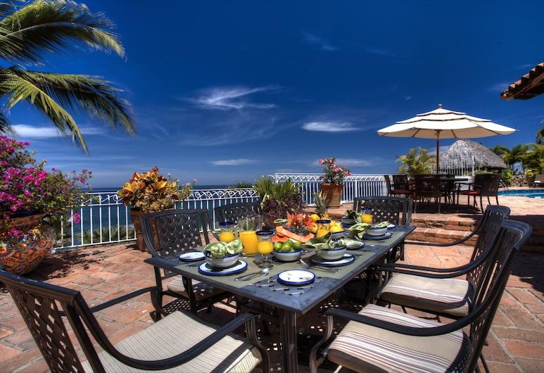 Villa Celeste, Puerto Vallarta, Dinerruimte buiten