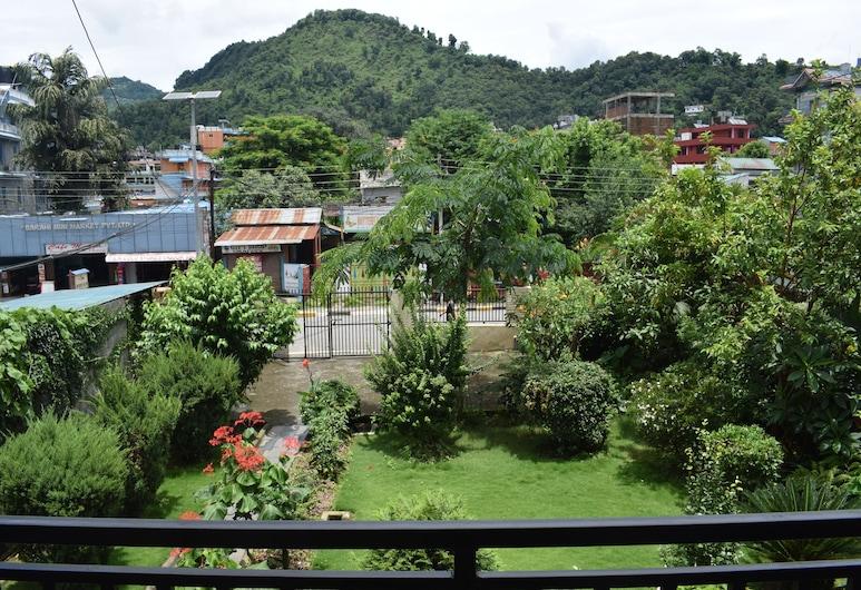 山景之家飯店, 波哈拉, 豪華雙人或雙床房, 私人浴室, 花園景觀, 陽台
