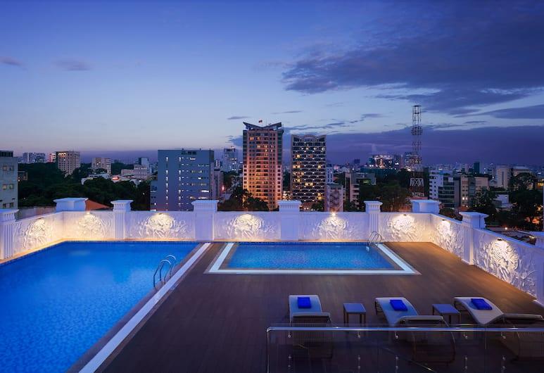 西貢馨樂庭麗晶飯店, 胡志明市, 頂樓游泳池