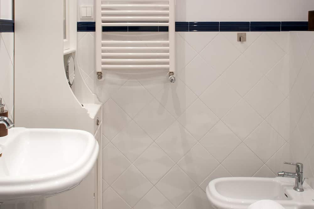 Apartment, 3Schlafzimmer - Badezimmer