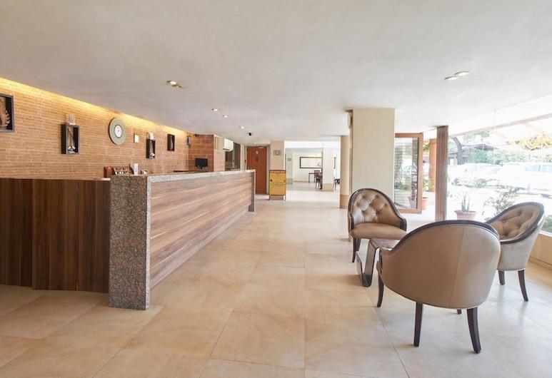 Hotel Sai Palace Budget, Ширди, Вестибюль