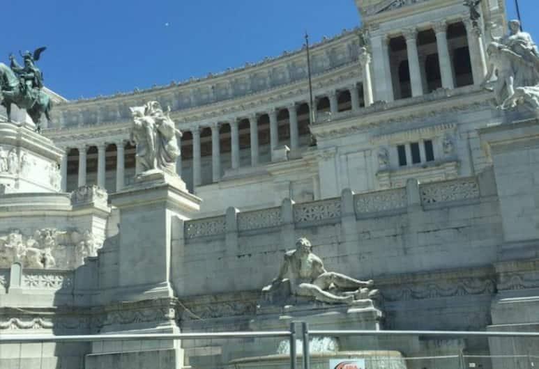 Castello Maggiore, Rome, Exterior