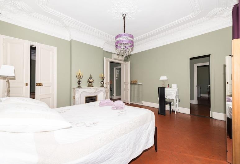 MAAM-LAFON, Marseille, Apartman u centru, Više kreveta, balkon, Soba