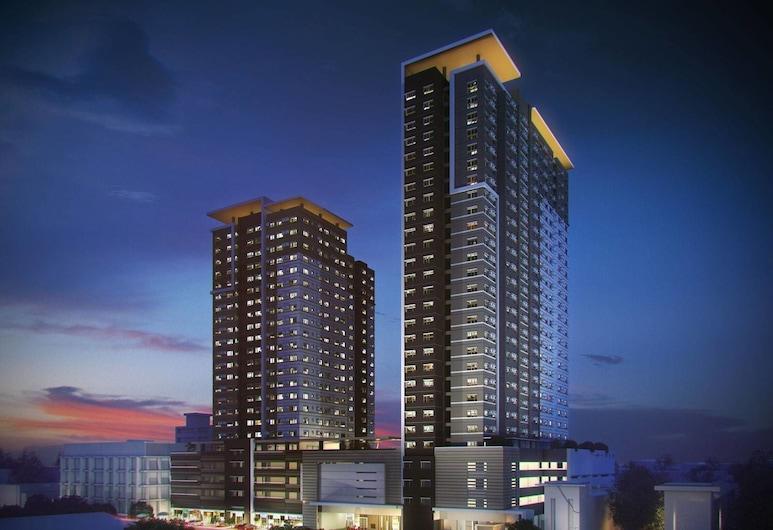 羅伊公寓式客房帕德飯店, 達弗澳, 住宿正面 - 夜景