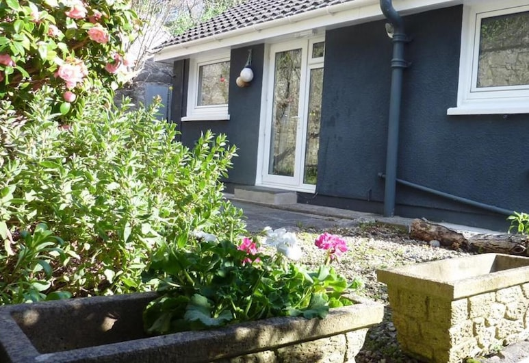 Pear Tree Cottage, Tenby