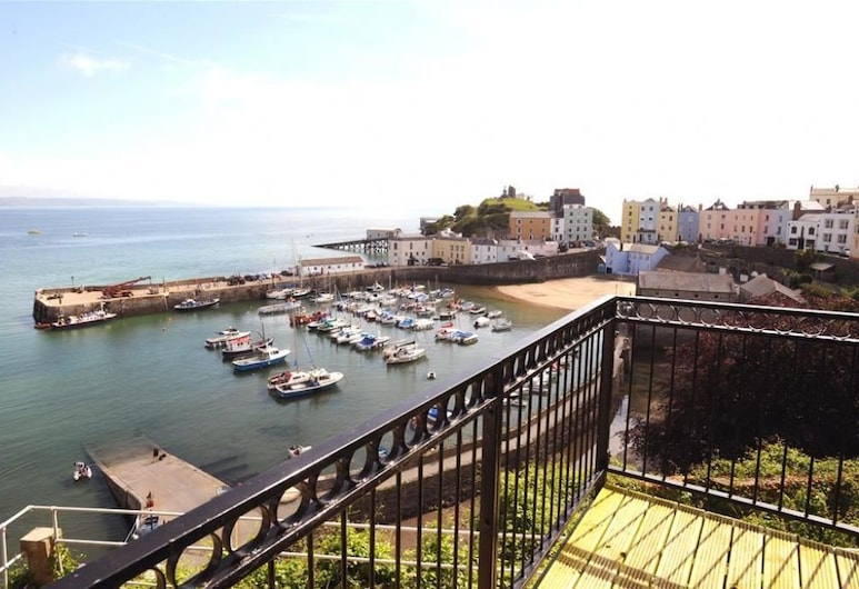 Harbour Heights, Tenby