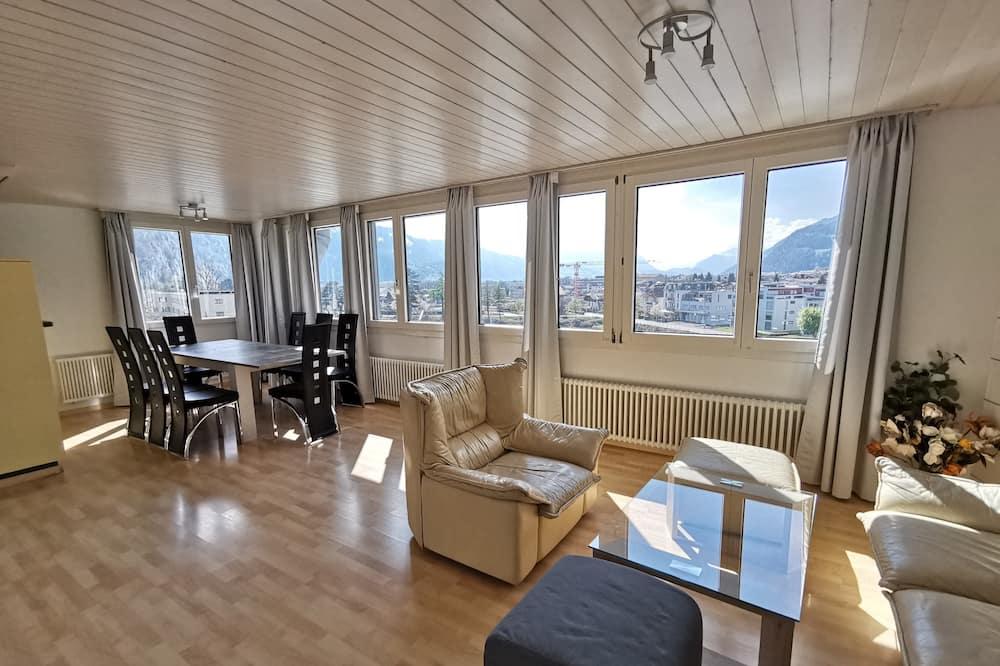 Quadruple Room, Shared Bathroom (64-2 incl 40 CHF cleaning fee) - Living Area