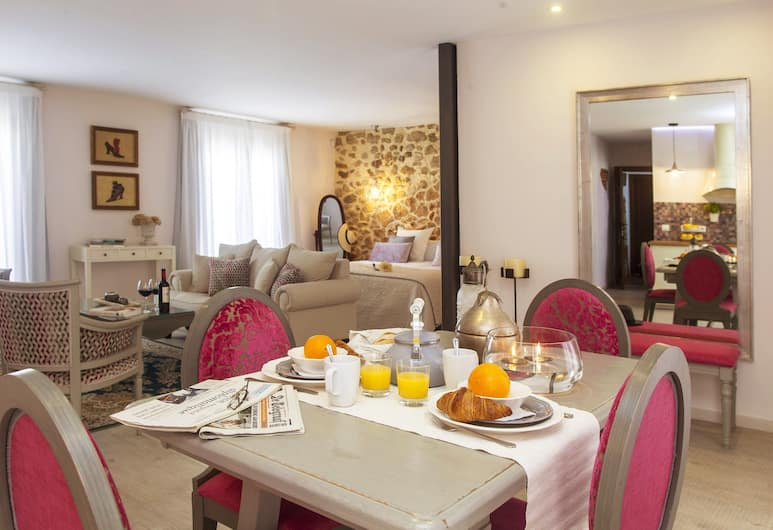 Total Marbella Suites - Adults Only, Marbella