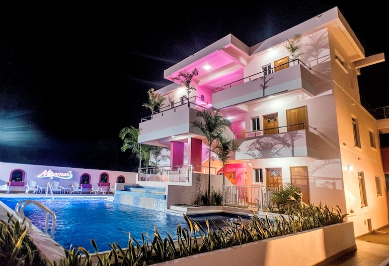 Miramar Apartments, Placencia, Front of property - evening