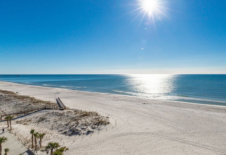 Phoenix All Suites, Gulf Shores, Suite, Multiple Beds, Ocean View (King Room with Balcony), Beach