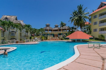 Picture of Hillview at Mystic Ridge in Ocho Rios