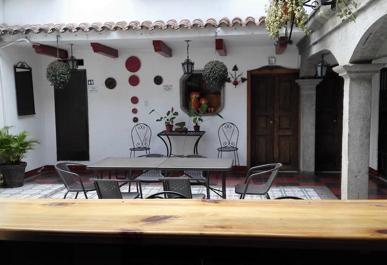 Hotel Cristal, Antigua Guatemala, Outdoor Dining