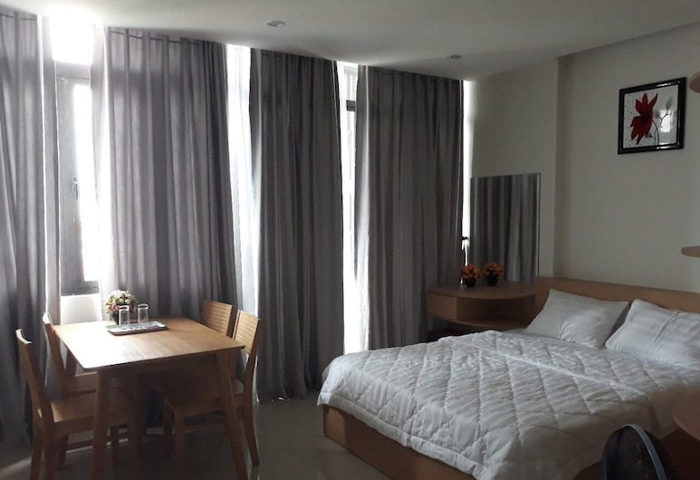Duc Manh Home 1, Da Nang, Lejlighed - udsigt til have, Værelse
