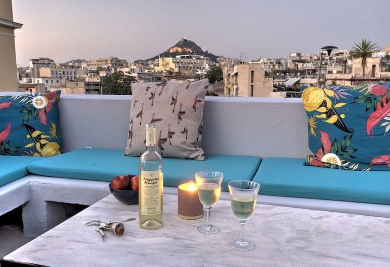 Aria Plaka Residence, Αθήνα, Σπίτι, 2 Υπνοδωμάτια, Μη Καπνιστών, Βεράντα, Αίθριο/βεράντα