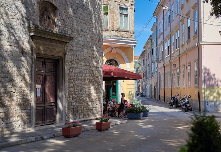 Old City Romantic Studios, Pula, Ulkopuoli