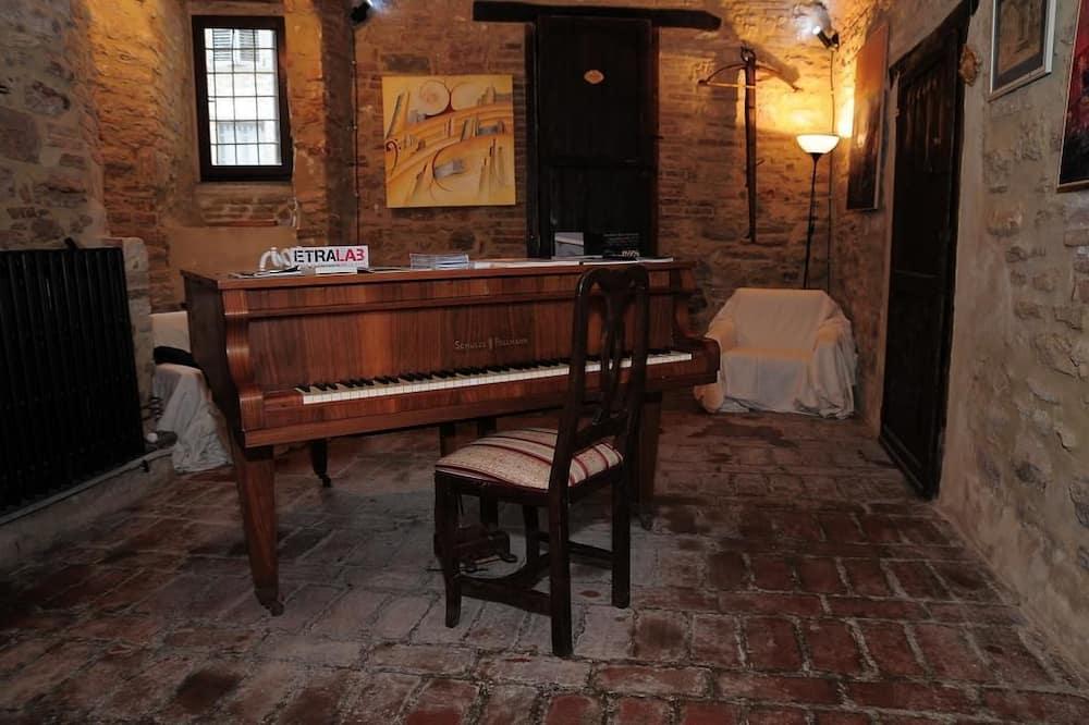 Traditional maja, 2 laia voodit - Lõõgastumisala
