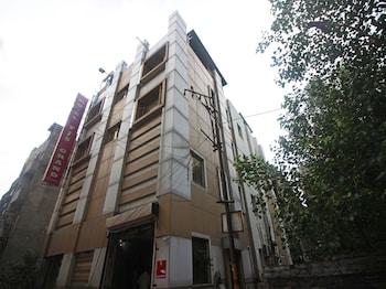 Slika: OYO 5943 TJS Grand ‒ New Delhi