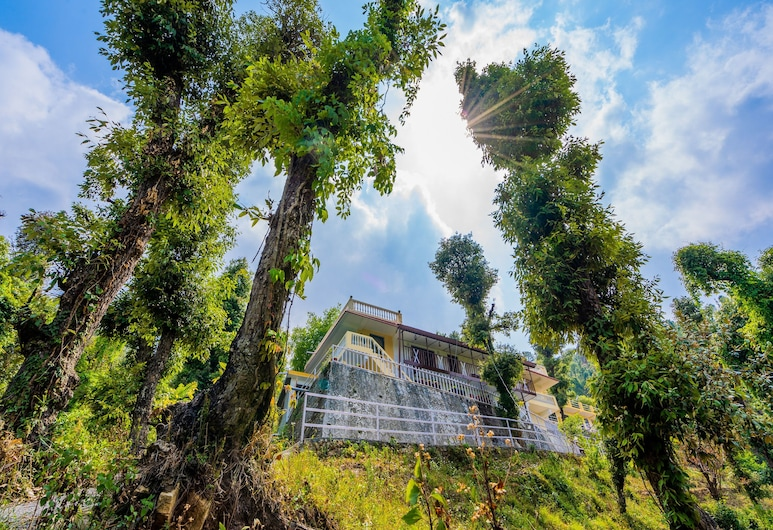 OYO 14134 Home Devdar Cottage Kempty Road, Mussoorie